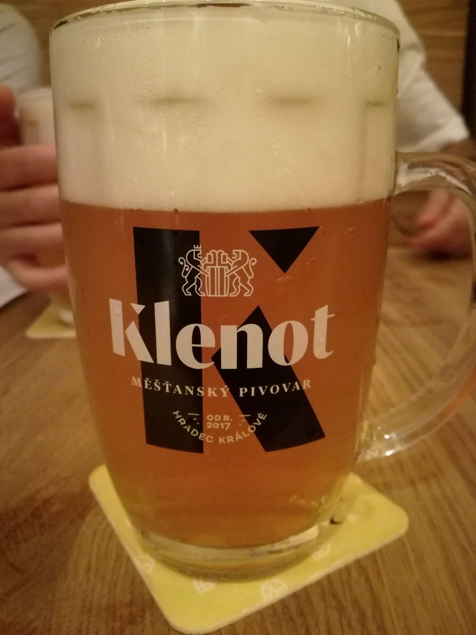Klenot sör