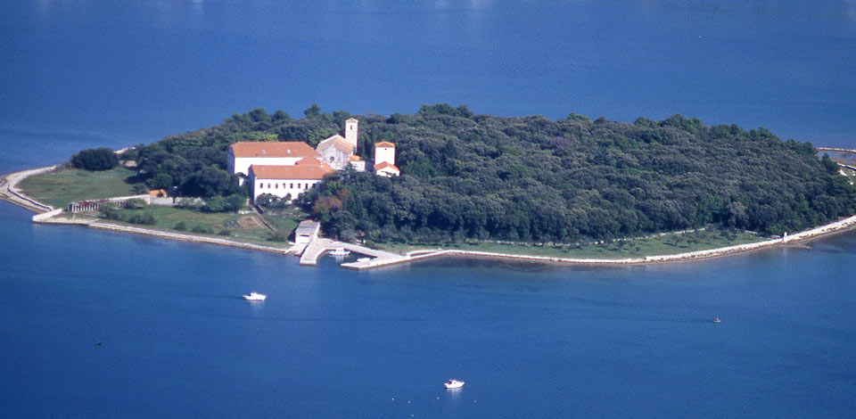 Kosljun-sziget (Forrás: www.kvarner.hr)