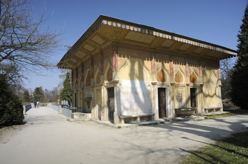 Mór viziház (Forrás: www.zamek-lednice.com)