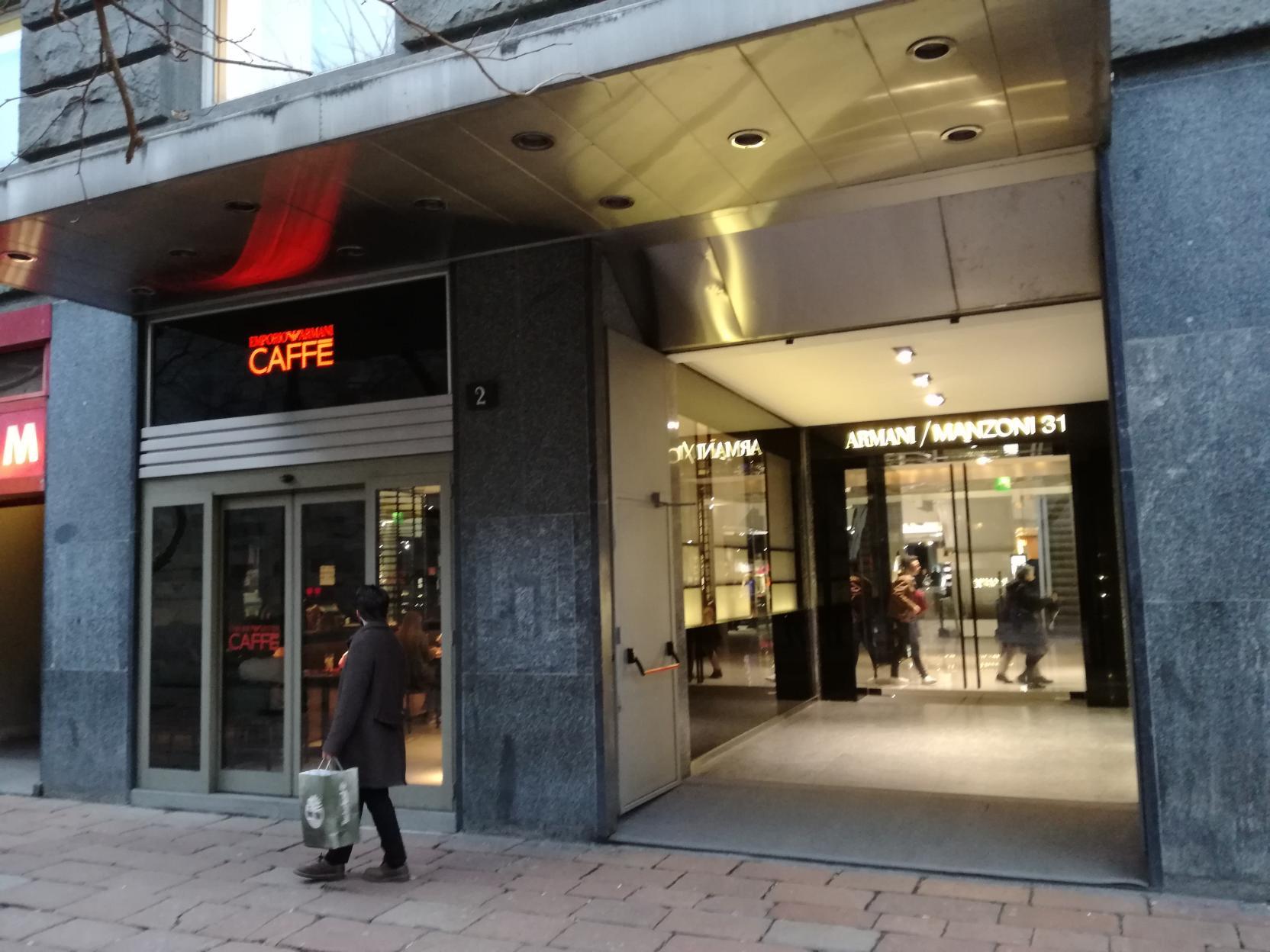 Armani Kávéház