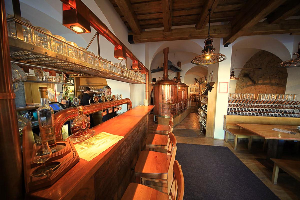 Étterem belső (Forrás: www.kromeriz.eu)