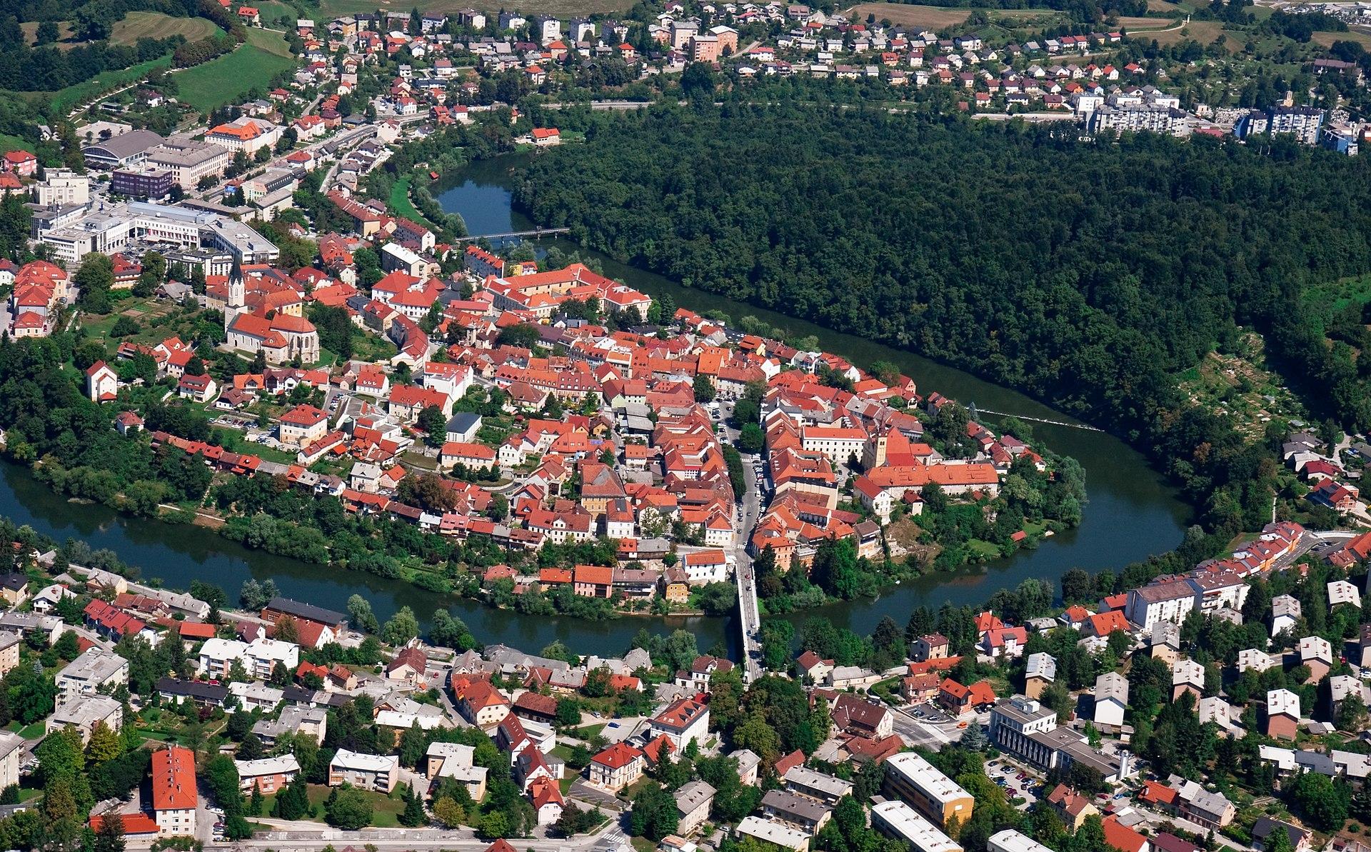 Novo Mesto látképe (Forrás:  https://www.flickr.com/photos/markopirc/)