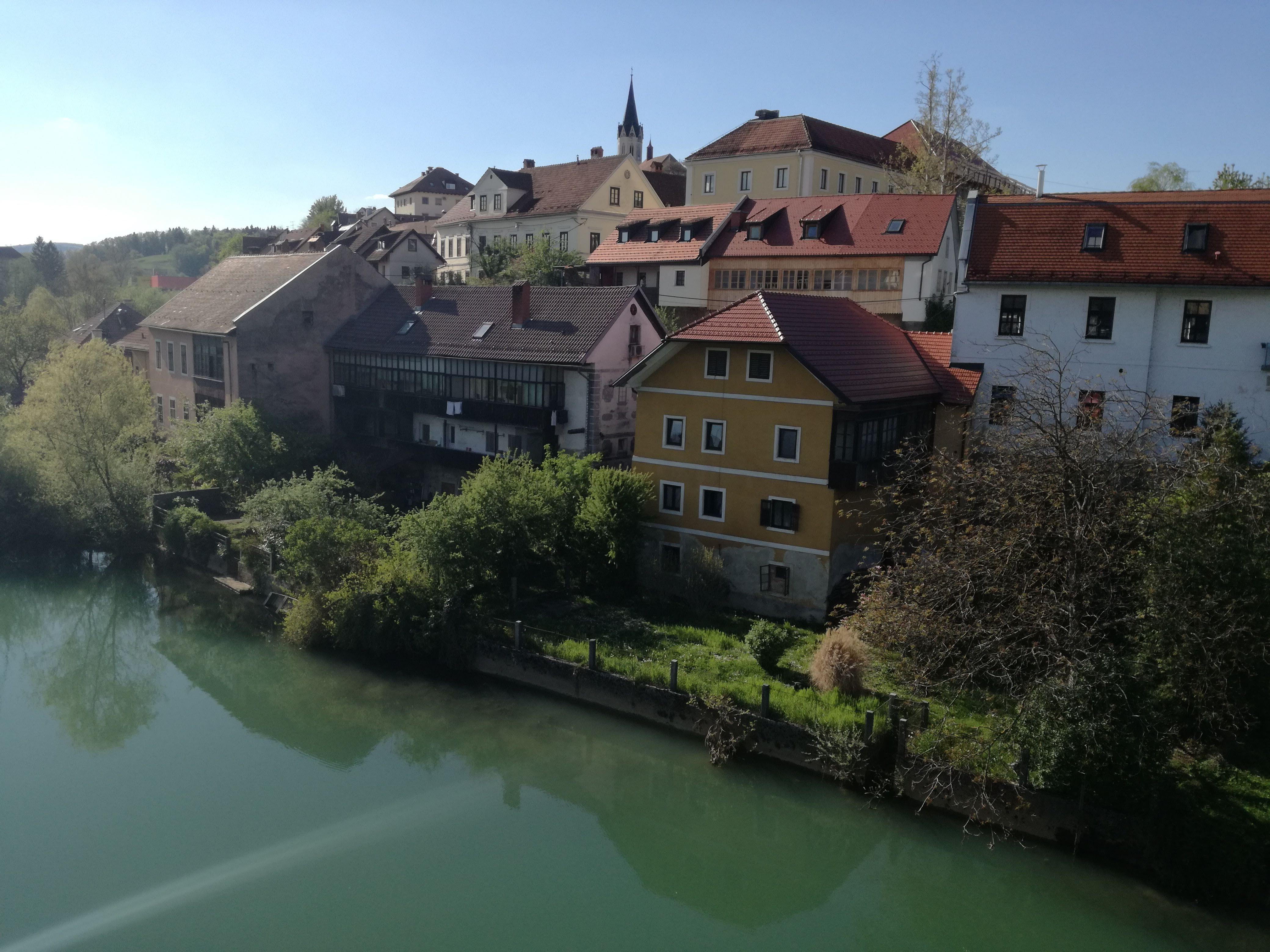 A Breg a folyó felől