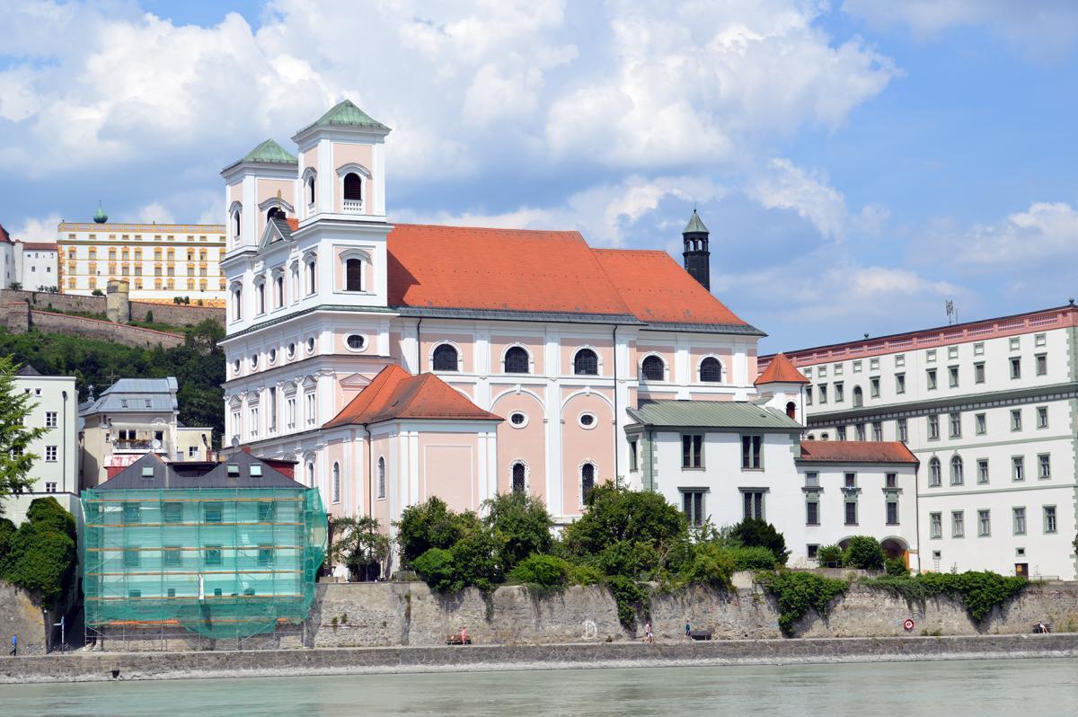 Szent Miklós templom (Forrás: www.bistum-passau.de)