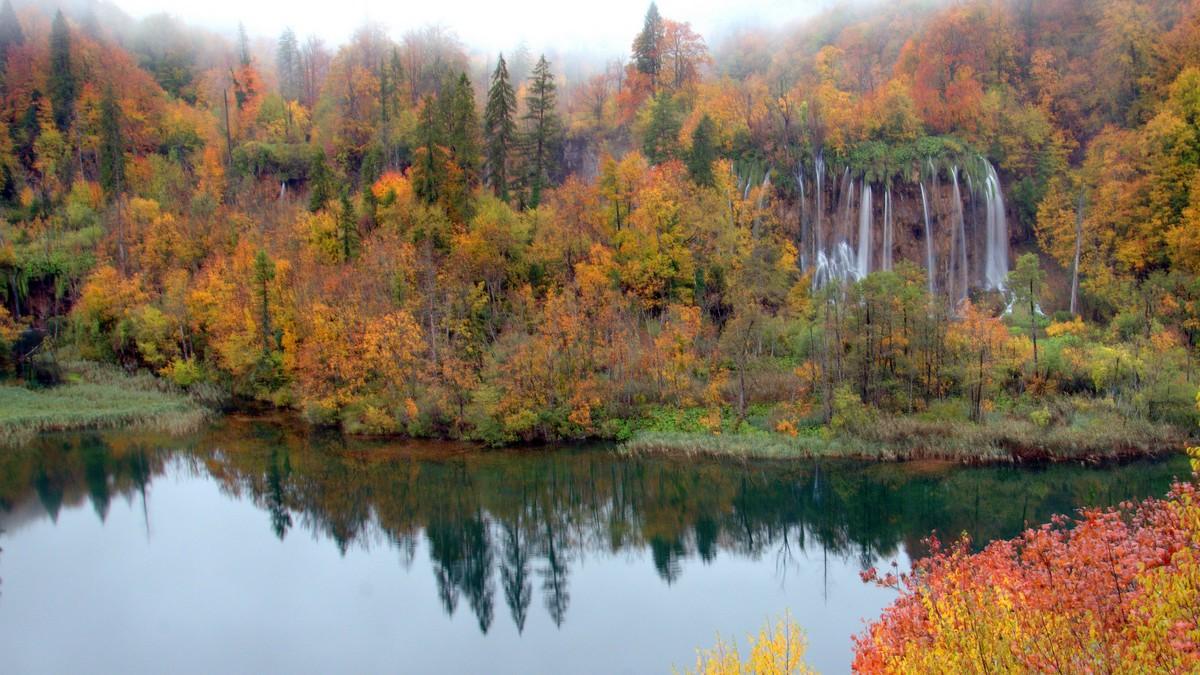 Ősszel (Forrás: www.np-plitvicka-jezera.hr)