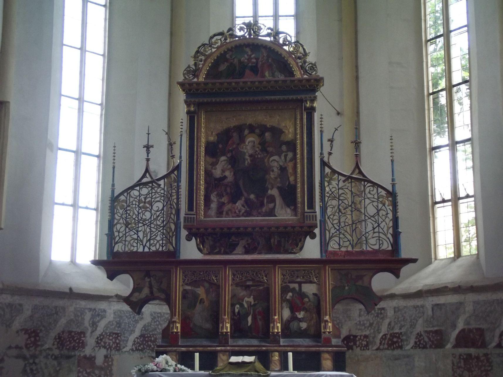A Hegyi templom belülről