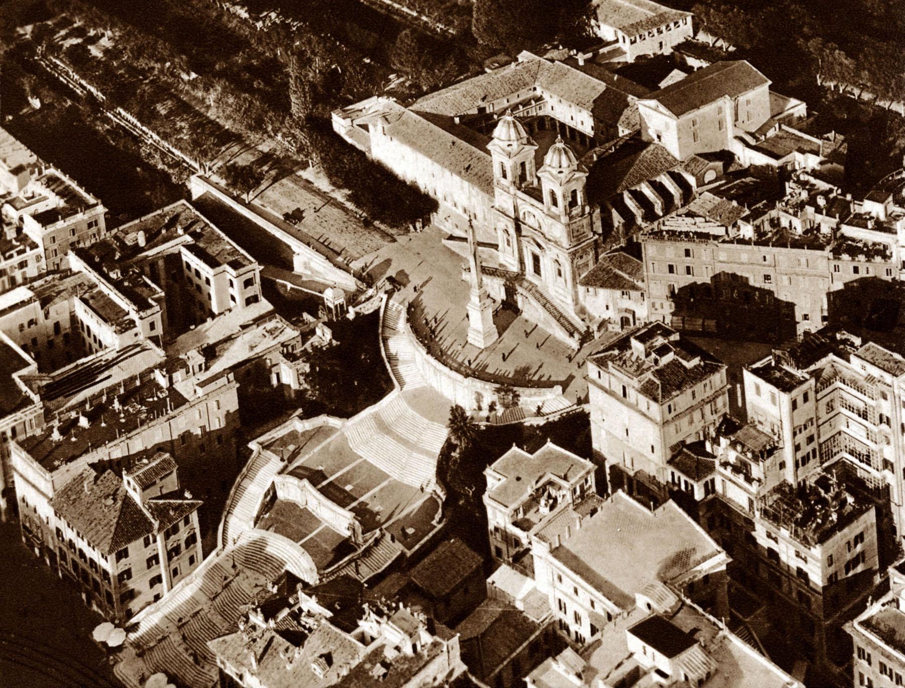 Légifotó 1938-ból (Forrás: www.it.wikipedia.org/wiki/File:Trinitamonti36.jpg)