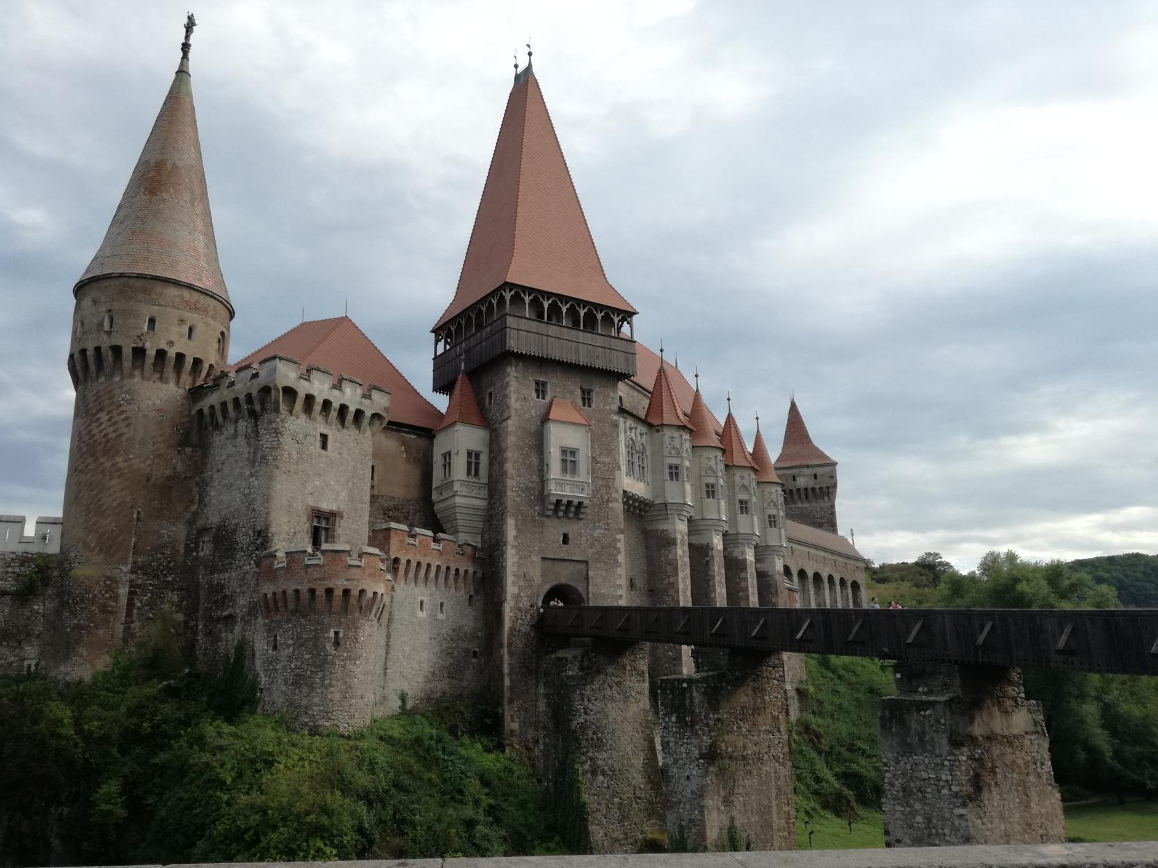 A vár fahídja
