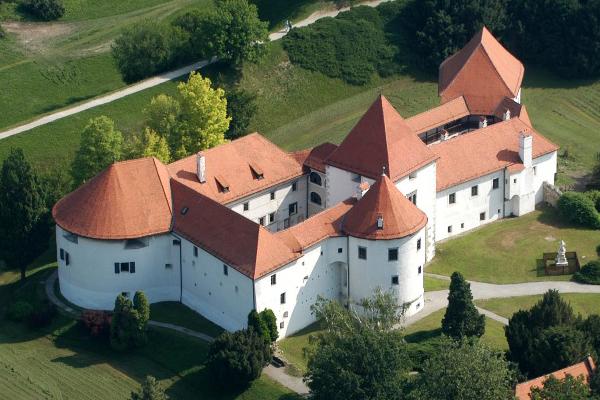 A vár (Forrás: www.tourism-varazdin.hr)