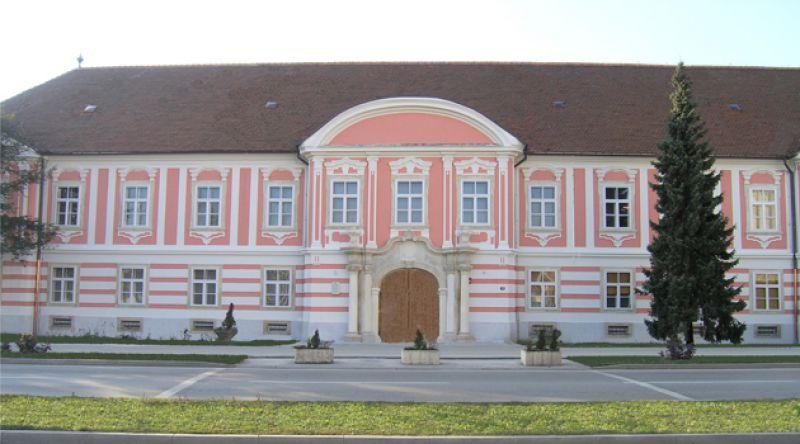 Erdődy Palota (Forrás: www.tourism-varazdin.hr)