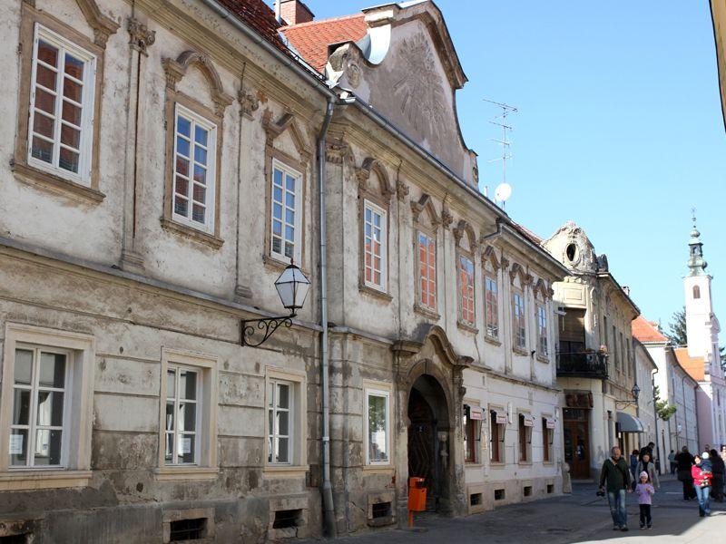 Káptalani Palota (Forrás: www.tourism-varazdin.hr)