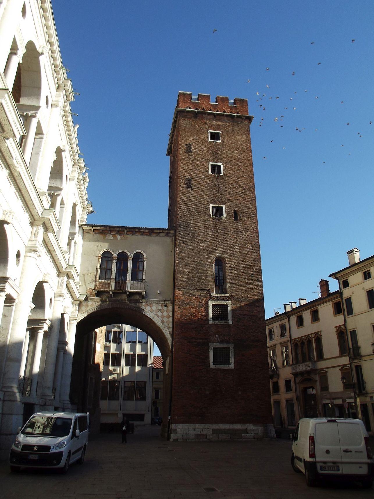 A Basilica Palladiana tornya