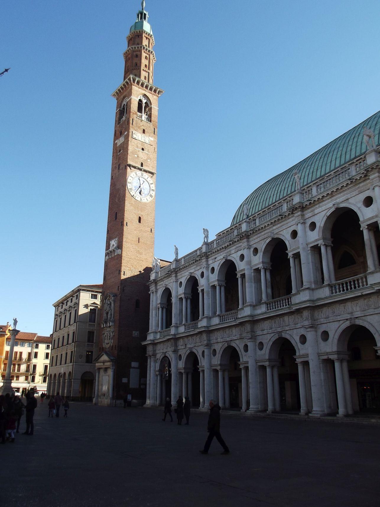 A Torre di Piazza (Bissara)