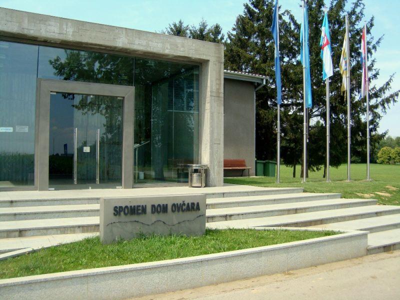 Ovčarai emlékhely (Forrás: www.turizamvukovar.hr)