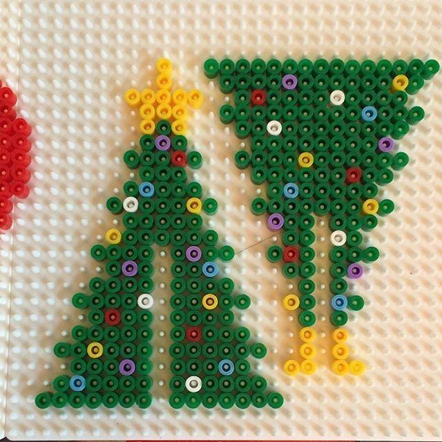 Vasalható gyöngyből 3D-s karácsonfa