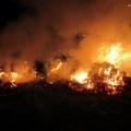 Bálák lángoltak Monoron
