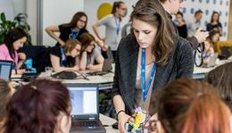 Rekordot döntött a lányok érdeklődése a mérnöki pálya iránt