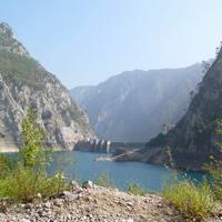 A felduzzasztott Piva folyó