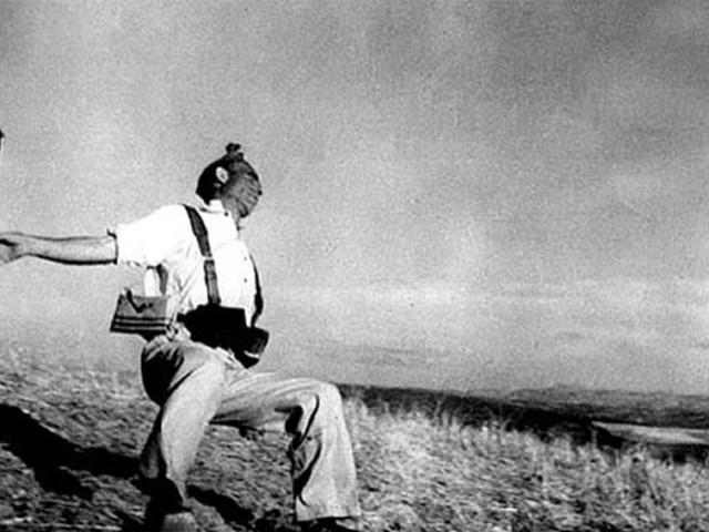 KIÁLLÍTÁS: Robert Capa