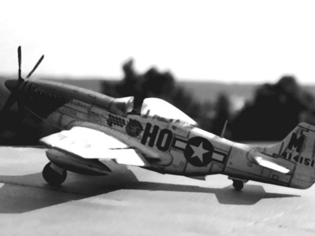 MAKETT: P-51D Mustang