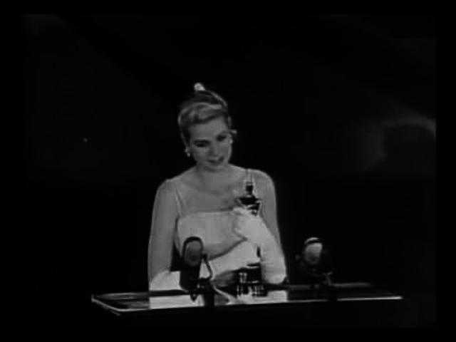 ÉLETRAJZ: Grace Kelly