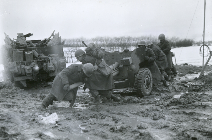 1st-infantry-divi_57mm_antitankgun_dec17.jpg