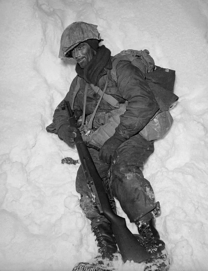 Sgt. Tommy Lyons.jpg