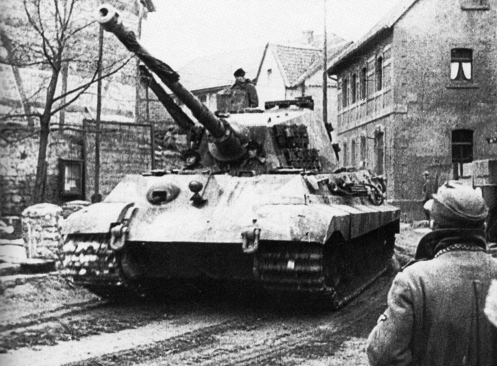 king tiger en route to baseline dec 1944.jpg