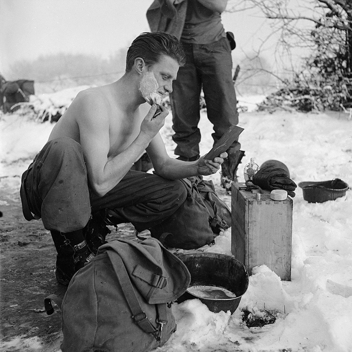 having a shave ardennes 1944.jpg