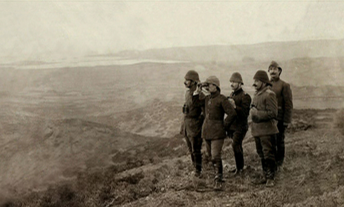 turkish_officers_observing.jpg
