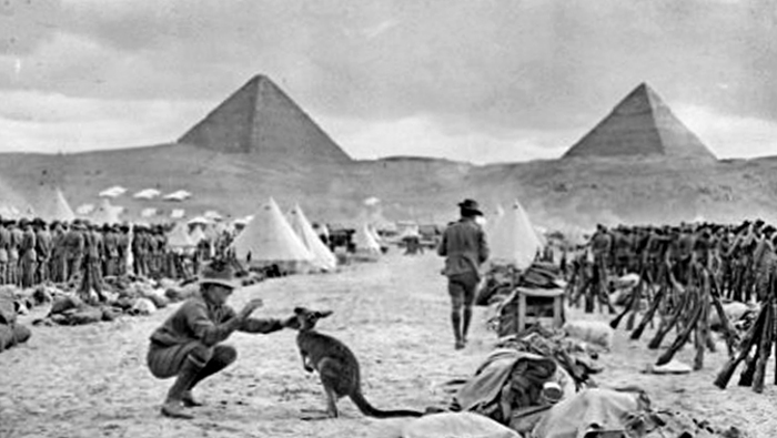 australian_9th_and_10th_battalions_egypt_december_1914.jpg