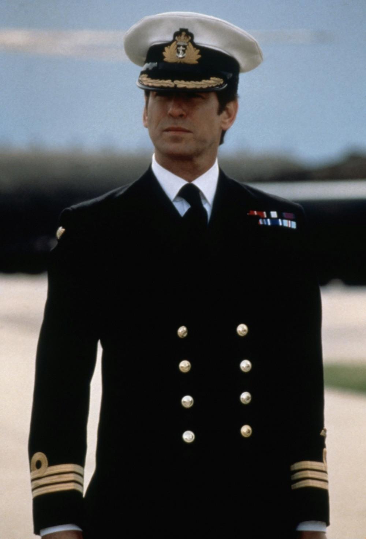 commander_bond.jpg