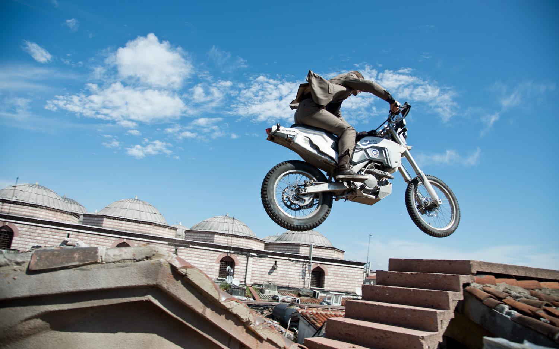 skyfall_motorcycle.jpg