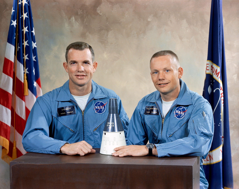 Portrait_of_the_Gemini_8_prime_crew.jpg
