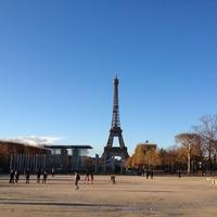 Jelentés az ezer sajtok országából - Párizsi motoros körkép