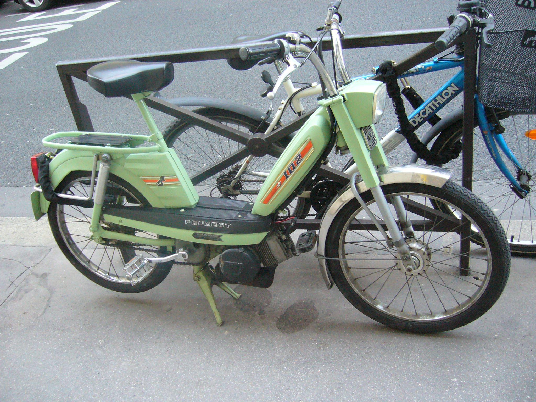 Peugeot 102.jpg