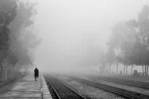 ködös vasút kicsi.jpg