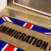 Megálljt parancsolnának a bevándorlóknak
