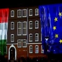 Mit tehet Európa a rebellis magyarokkal?
