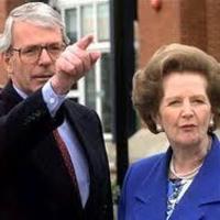 Mennyit keresnek az ex-kormányfők?