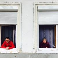 Erzsike és Sándor első fél éve a lakásukban