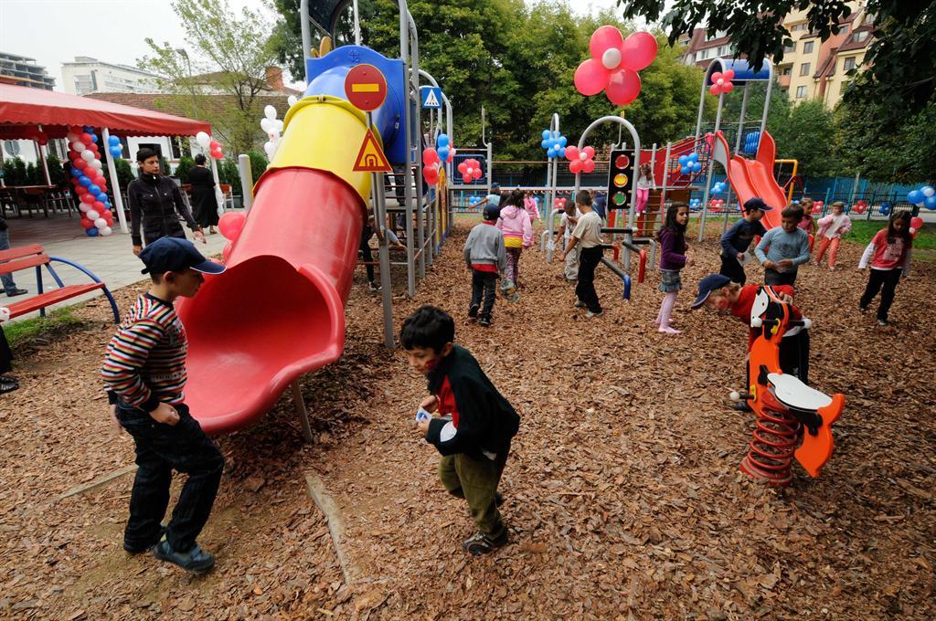 playgroundsafety1.jpg