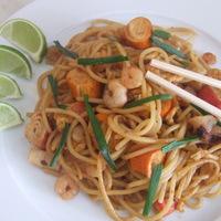 Egyszerű thai tészta