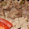 Citromos-tejszínes szarvasragu erdei gombákkal, borókával