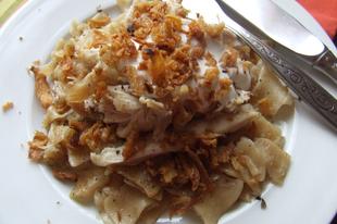 Pirított csirkemell káposztás tésztával