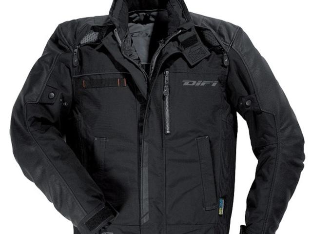Difi Firenze 2, motoros dzseki, és Difi Fiji, esőruha teszt.
