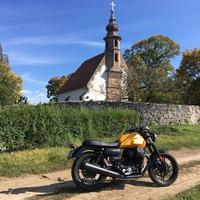 Moto Guzzi V 7 Stone teszt. A KRÚZER!