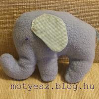 Kicsi kék elefánt
