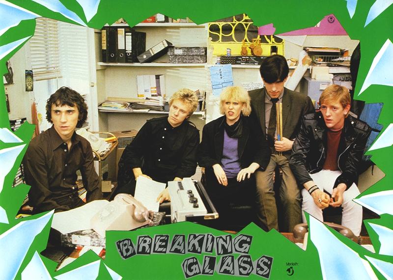 breakingglass03.jpg