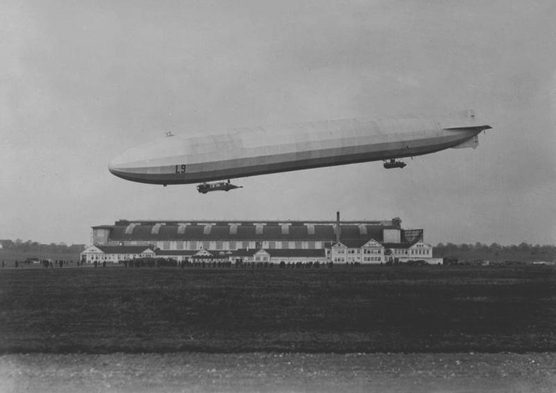 zeppelin07.jpg